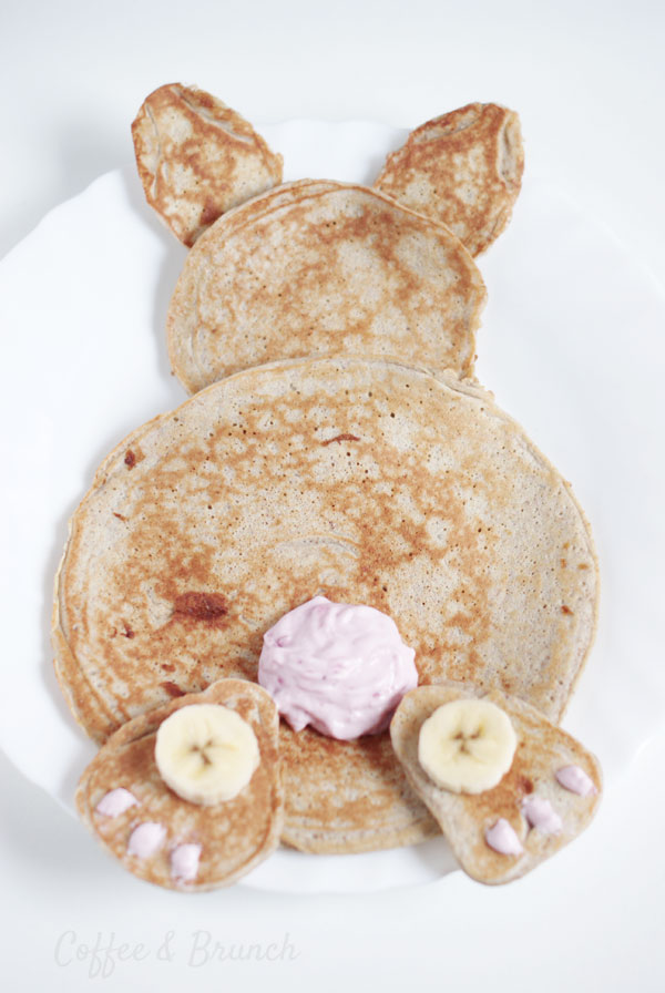 Easter Bunny with pancakes - Healthy Brunch Recipe